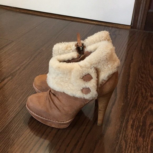 cc4eabcaa07 Ugg Tan Georgette Booties Pump Sheepskin Shoes 6
